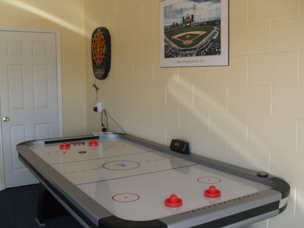 Games Room pic 5